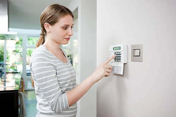 Install a Home Security Alarm and Stop Burglars Cold